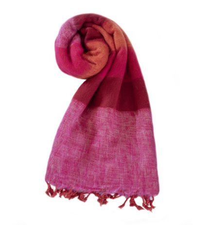 Nepal Schal Rose Rot Cyclamen aus yakwolle – Online Kaufen – Shawls4you.nl